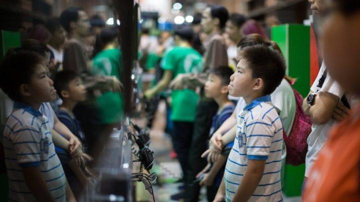Lutte contre la myopie : des nouvelles mesures s'attaquent aux jeux vidéo